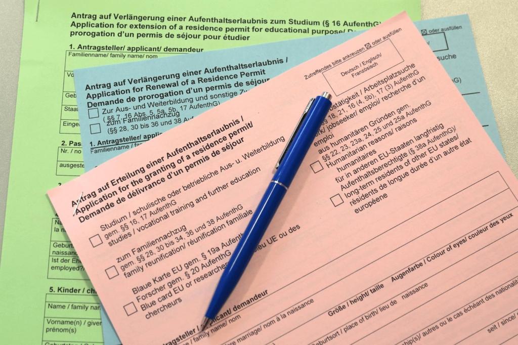 Formulare für den Antrag auf Erteilung einer Aufenthaltserlaubnis